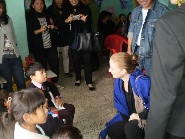 MONICA ZAWARELLI & SOPHIE BARBEY INTERACTION WITH THE CHILDREN